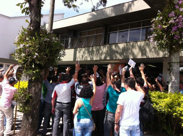 Trabalhadores Votacao Em Peso De Blumenau
